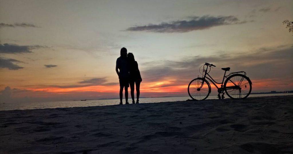 Couple silhouette in Cambodia