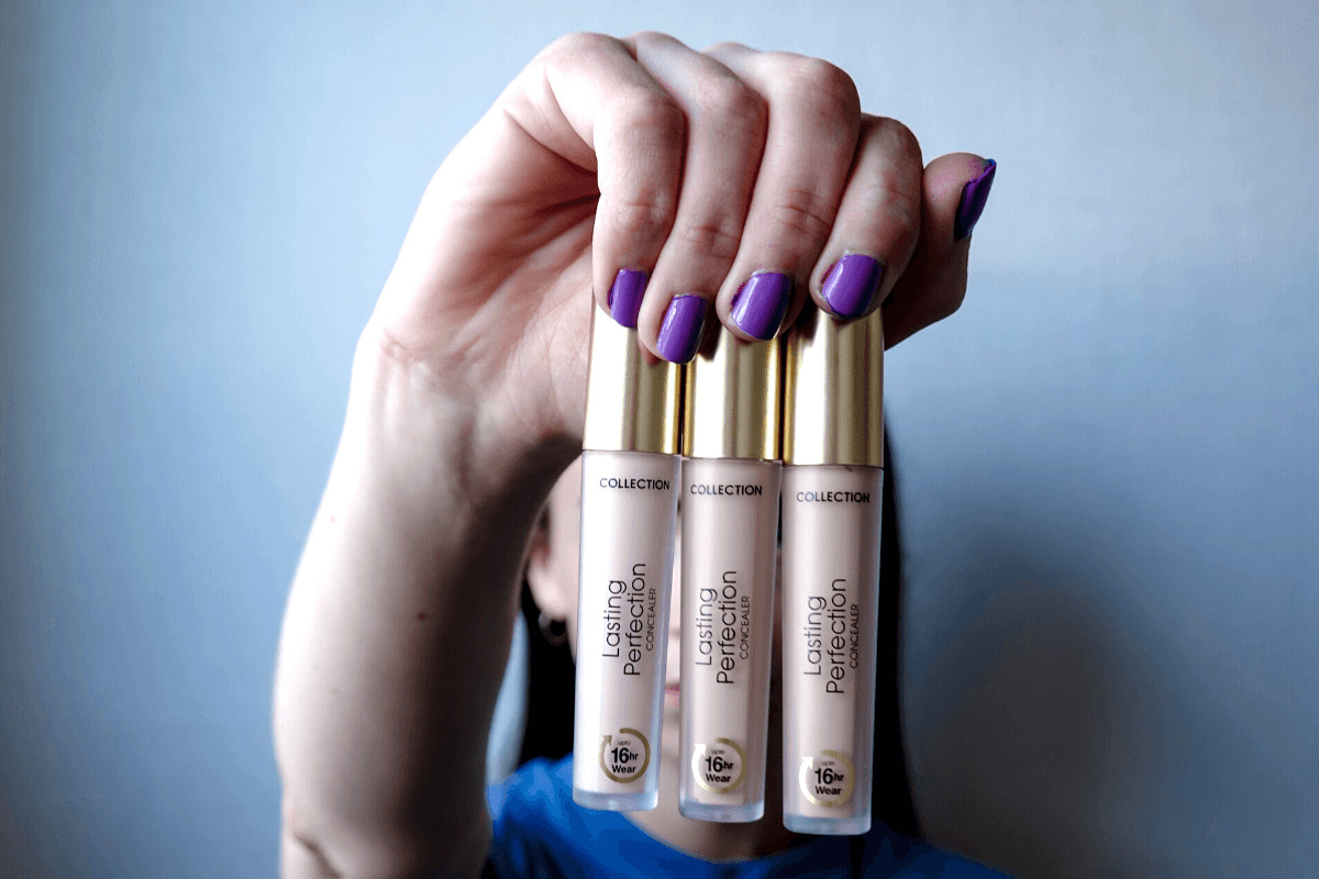 Girl holding Collection Lasting Perfection Concealer