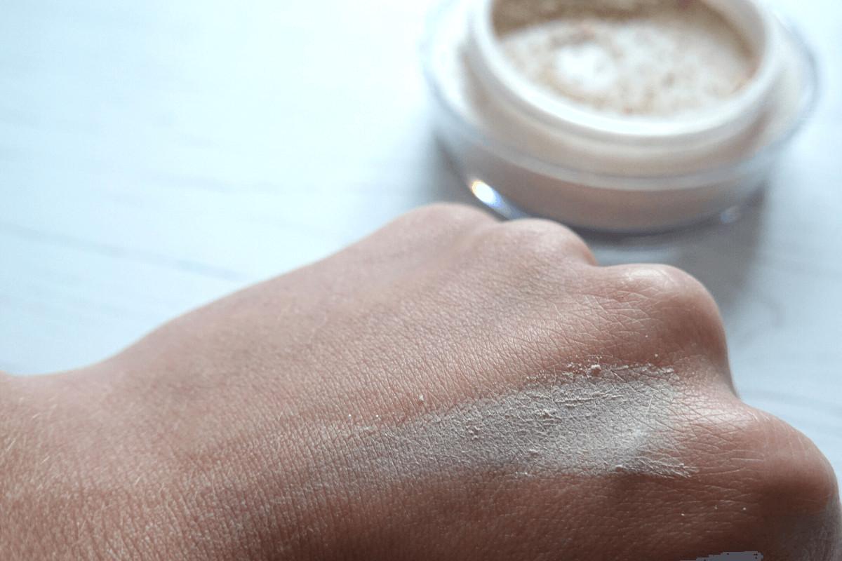 No7 perfect light setting powder swatch