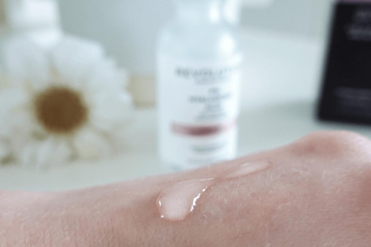 Revolution hyaluronic acid texture